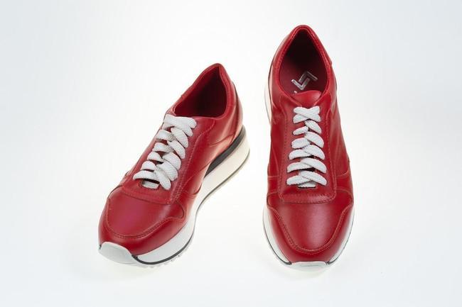 Кроссовки женские красные SAV 173