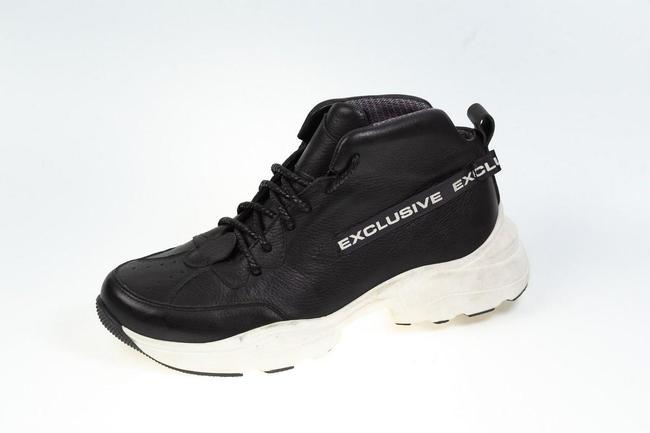 Ботинки-кроссовки черные на белой подошве SAV 2055_1