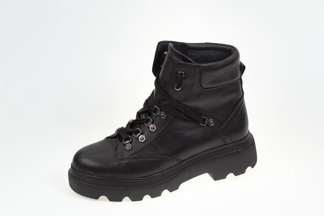 Ботинки черные  SAV 2122